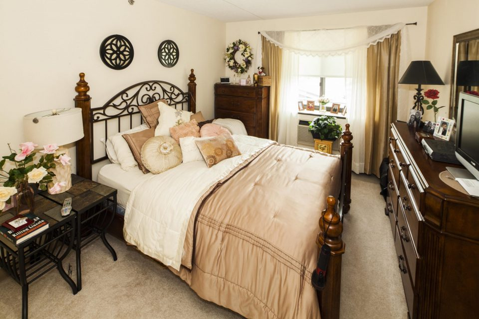 Mount Olive - Bed